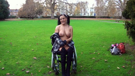 having-sex-sexy-disabled-naked-women-photo